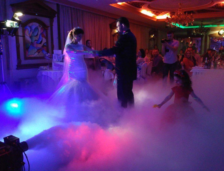 Красивый эффект на свадебный танец